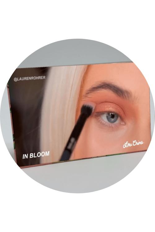 Makeup tutorials with AR scan